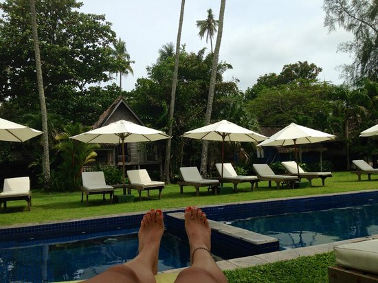 Bon Ton Resort: relaxing by the pool