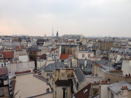 Holiday Inn Paris - Notre Dame : Вид с крыши отеля