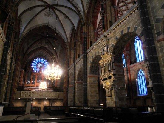 Dom St. Petri: Interior View