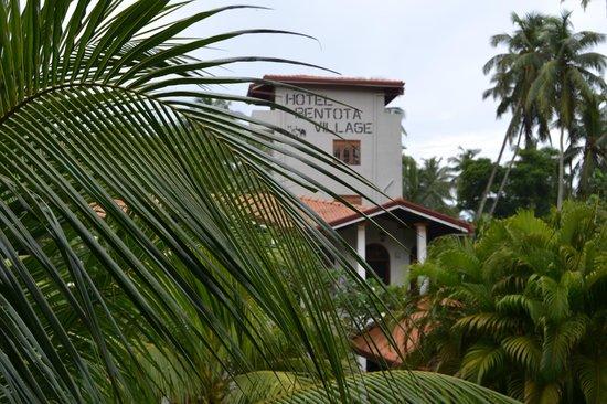 Hotel Bentota Village: Blick vom Balkon Zimmer 206
