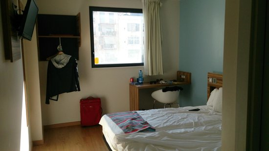 Travelodge Barcelona Poblenou: Room