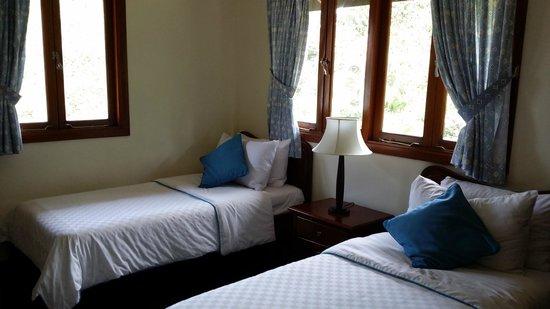 Nirwana Gardens - Banyu Biru Villas : the other room