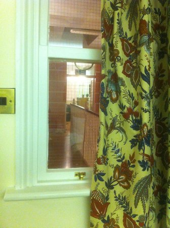 The Gresham Hotel: the window to the interior of the hotel!
