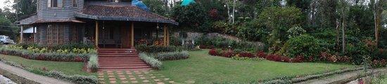 Pollibetta, India: a panorama