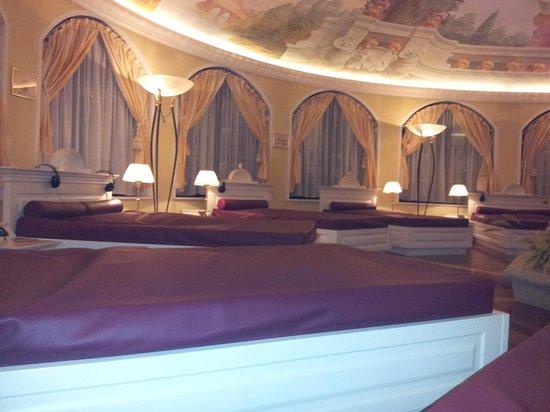 Cavallino Bianco Family Spa Grand Hotel: zona relax della SPA