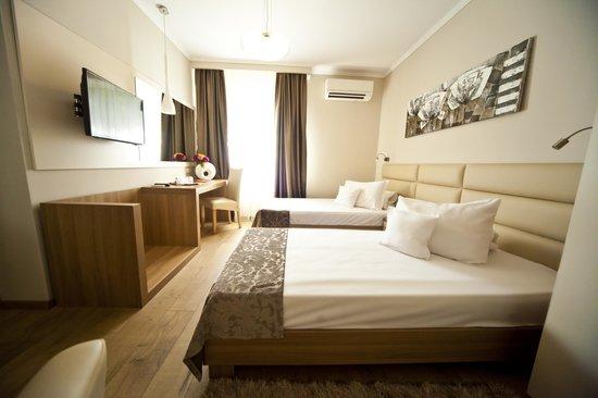 Hotel Confort: Twin Room