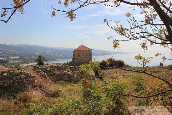 Burg Gibelet: Home by the Bay