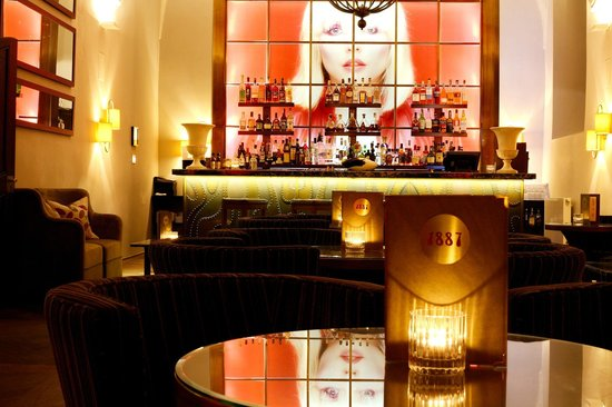 Refectory Bar 1887: Bar 1887