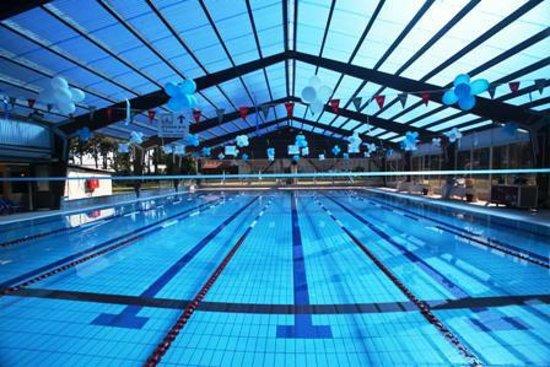 Kfar Maccabiah Hotel & Suites: Pool