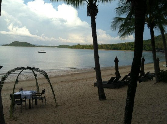 The Village Coconut Island Beach Resort: View from my seat in the bar!