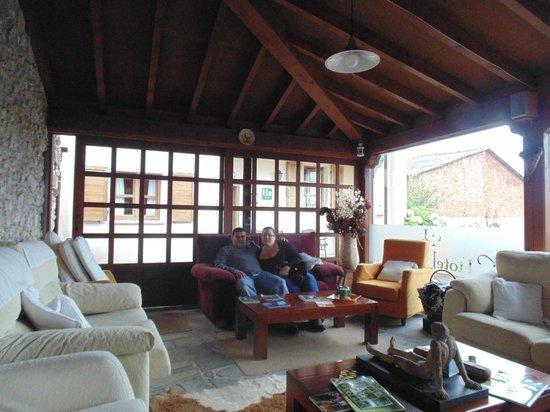 Hotel Rural Cuartamenteru: la sala de estar