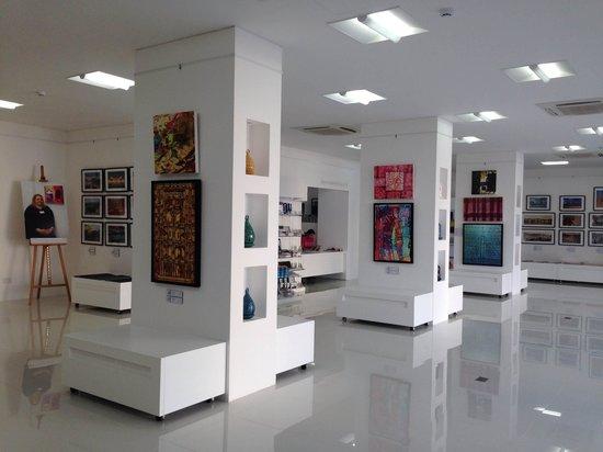 Gallery Sarah