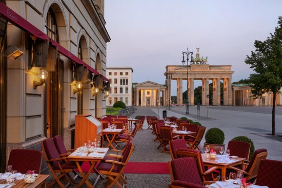 Restaurants Near Brandenburg Gate
