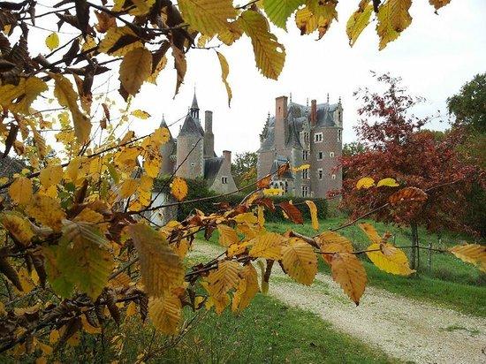 Chateau du Moulin Conservatoire de la Fraise : Couleurs d'automne