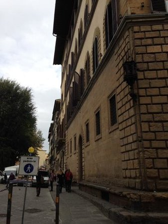 Hotel Palazzo Guadagni: view of hotel from car/taxi drop off point