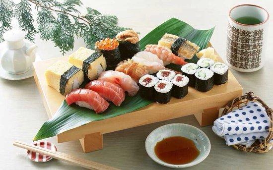He's Sushi