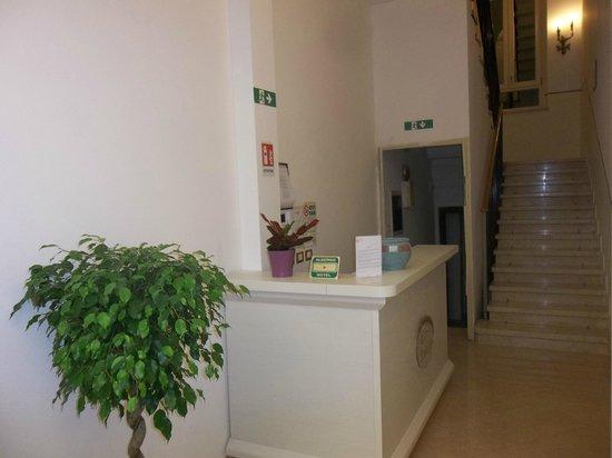 Hotel Amalfi: Reception