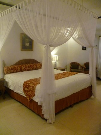 Keraton Jimbaran Beach Resort: Comfy bed :)