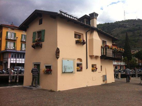 Austrian Custom House: Vecchia Dogana a Torbole sul Garda