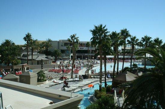 Four Seasons Hotel Las Vegas : Pool området