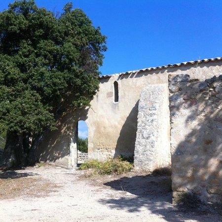 St Julien commune de la Bastidonne