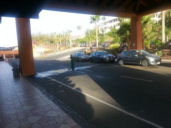 Occidental Jandia Playa: Vor dem Hotel