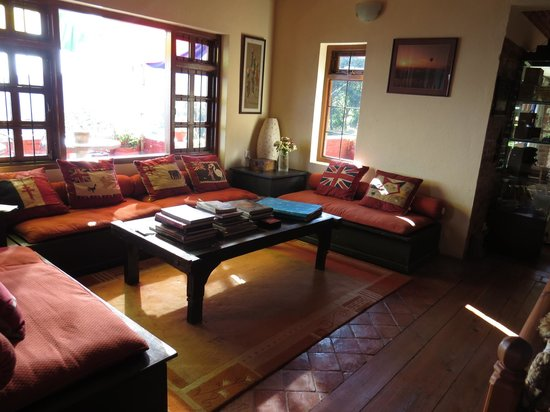 Shivapuri Heights Cottage: Lots of interesting reading materials, books and games
