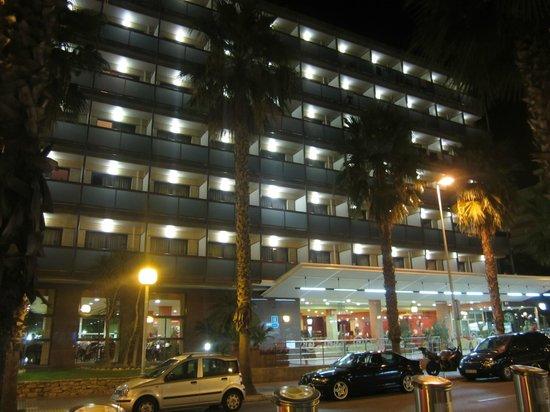 Eurosalou Hotel : Фасад отеля