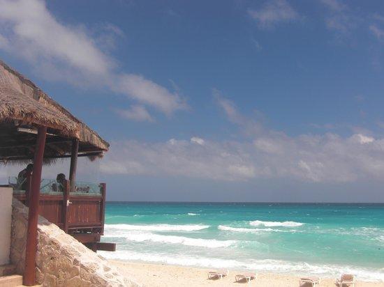 GR Caribe by Solaris : Restaurante Bogavante with ocean view.