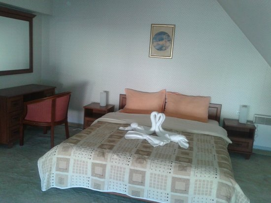 Hotel Alex: upstairs bedroom