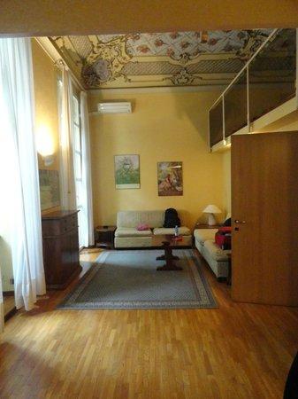 soggiorno - Foto di Residence Lagrange, Torino - TripAdvisor