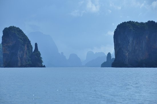 Ao Phang Nga National Park, Tayland: 1/2 day longtail boat trip from Six Senses