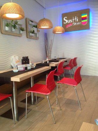 Sushi Store: Interior del local