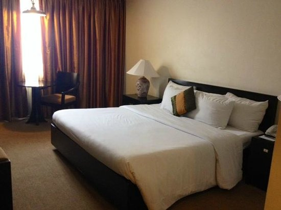 Apo View Hotel: room at the new wing