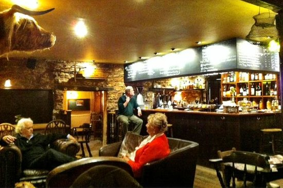 Ring O' Bells: Relaxing at the bar