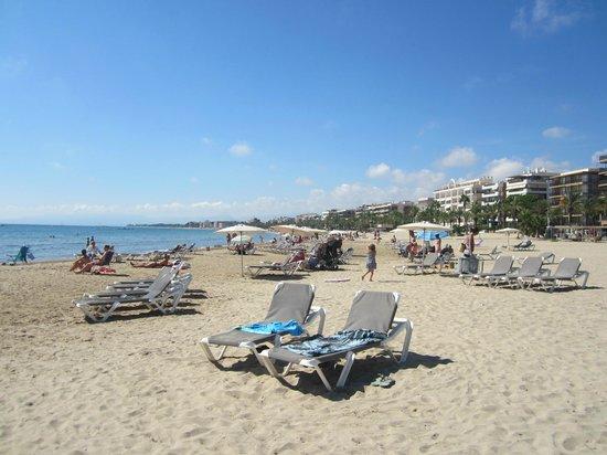 Playa de Poniente: 3