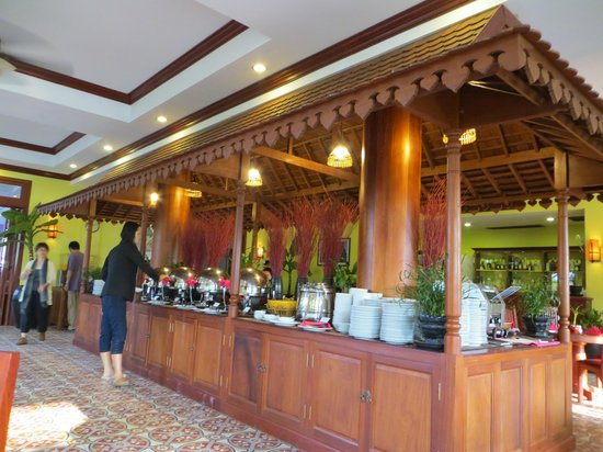 breakfast buffet picture of royal crown hotel spa siem reap rh tripadvisor co za