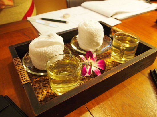 Athenee Spa at The Athenee Hotel: 웰컴 티