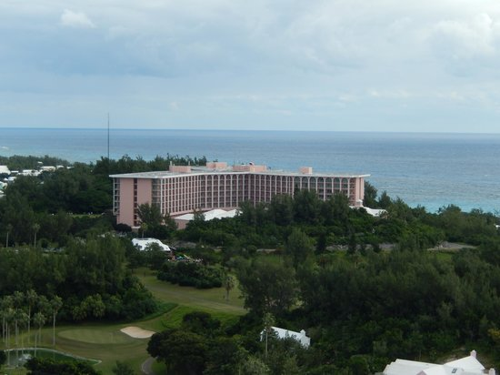 Fairmont Southampton: Resort from Nearby Lighthouse