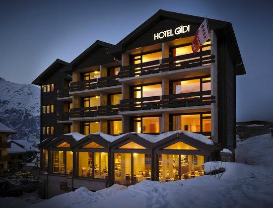 Hotel Gaedi: Aussenansicht Winter