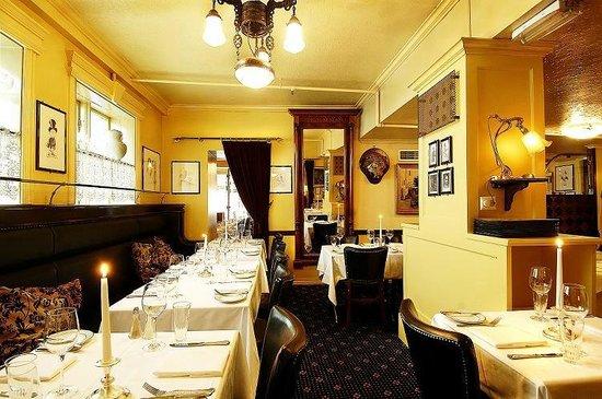 Bevaremegvel Bar & Restaurant: Indre Gemakker