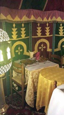 La Tente Berbere : ambiance garsntue