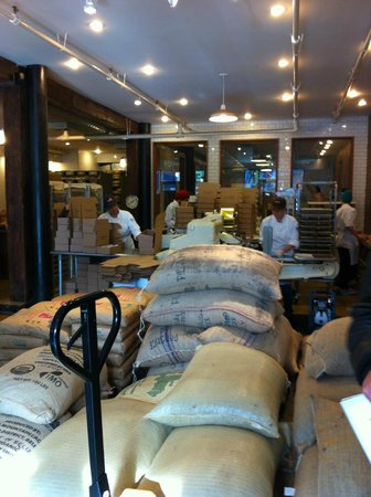 Made in Brooklyn Tours: Mast Brothers Chocolate