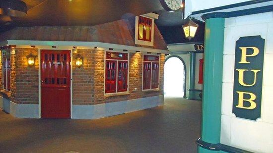Preston Palace Almelo: Barstraat