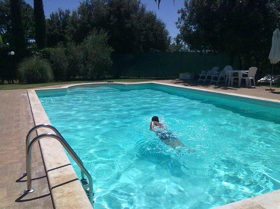 Casale Santa Caterina : una bella nuotata