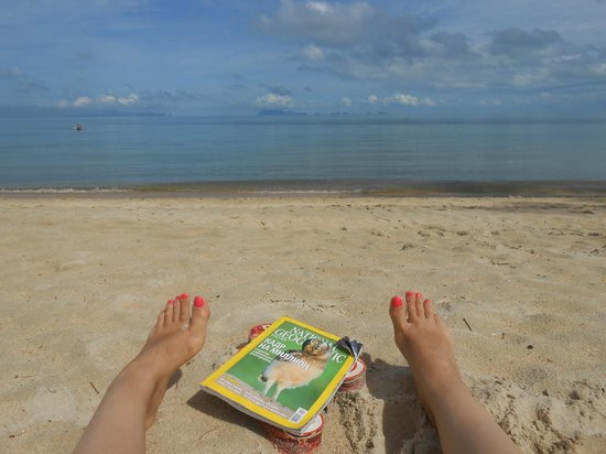 The Lipa Lovely Beach Resort: Вид на море