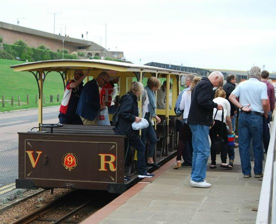 Volk's Electric Railway : Black Rock Station