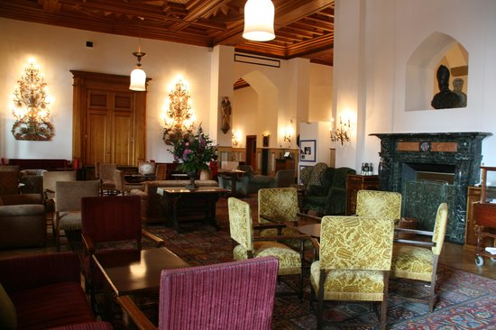 Badrutt's Palace Hotel: Lobby