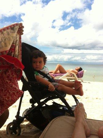 Dusit Thani Laguna Phuket: Beach with Stroller-- VERY EASY