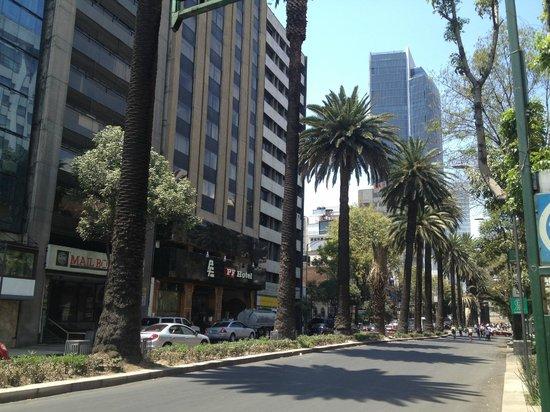 Hotel PF: A rua do hotel